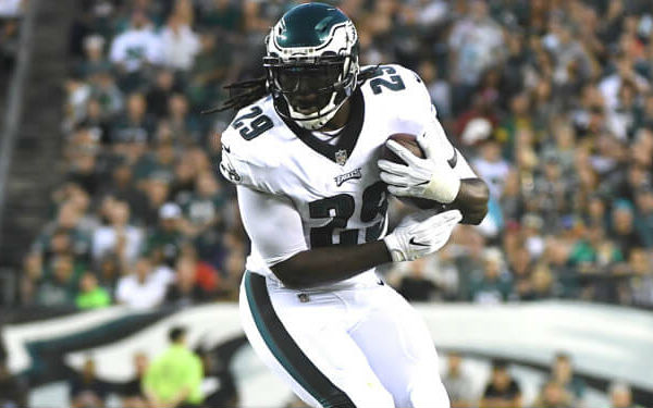 competitive price 8f137 c926e The 5 Least Efficient Red-Zone Rushers in 2017 - LeGarrette ...