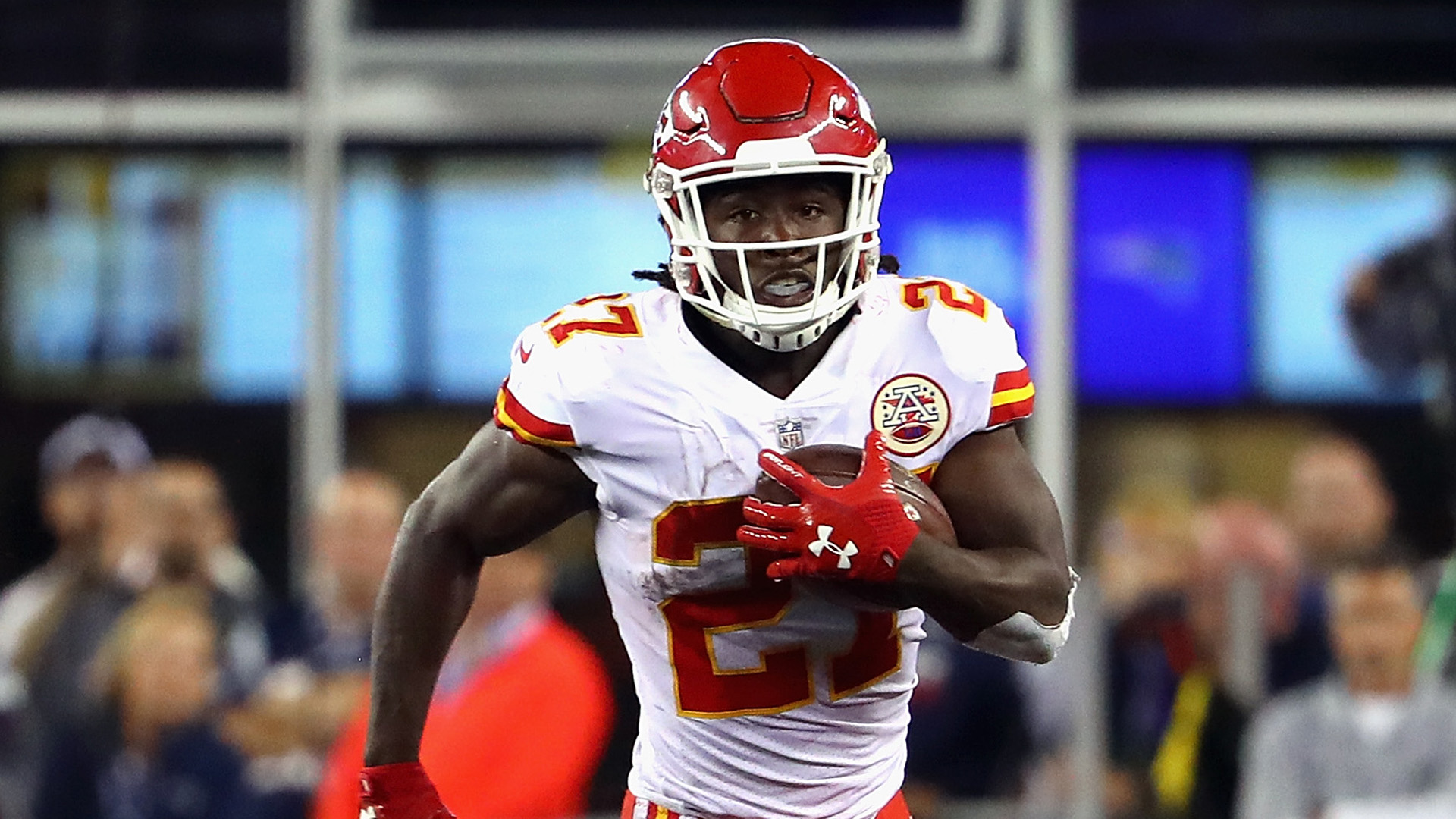 sports shoes 4409b be6a0 4 NFL FanDuel Studs to Target in Week 10 - Kareem Hunt, RB ...