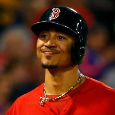 Mookie Betts (back) making return to Dodgers' lineup Tuesday