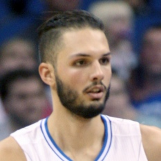 Evan Fournier signs four-year deal with Knicks