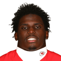 Chiefs' Tyreek Hill embarrasses Tampa Bay with 269 yards and 3 scores in Week 12