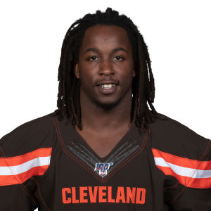 Kareem Hunt paces Cleveland backs in dominant win over Chicago