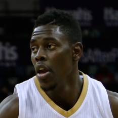 Jrue Holiday (heel) starting for Bucks in return Saturday; George Hill to bench