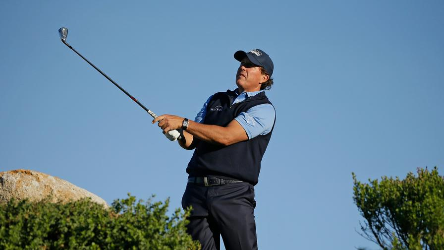 Genesis Open: Lefty looks right for Riviera