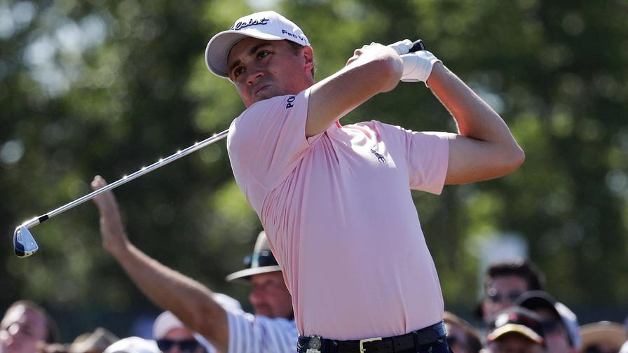 Brian Harman takes 1-shot lead in Travelers Championship