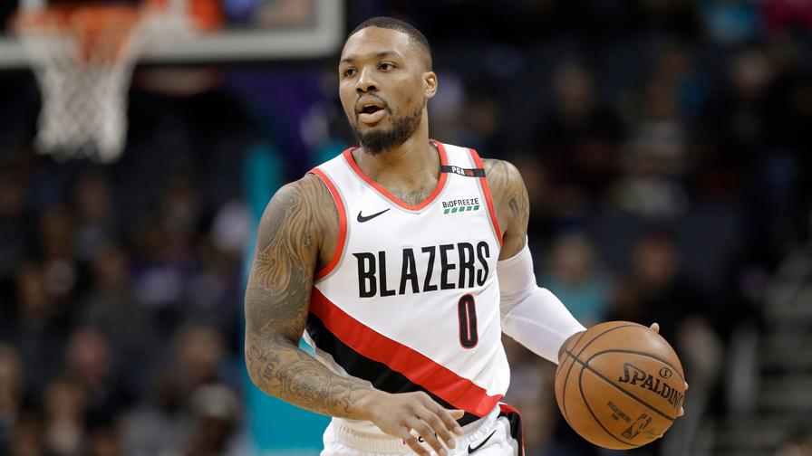 3299a2ff3 Damian Lillard should handle a huge workload tonight for Portland. Who else  can we roster on FanDuel?