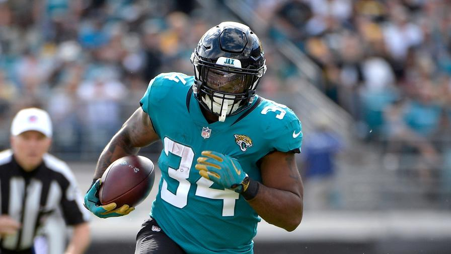 Fantasy Football: Carlos Hyde Is the Running Back to Draft